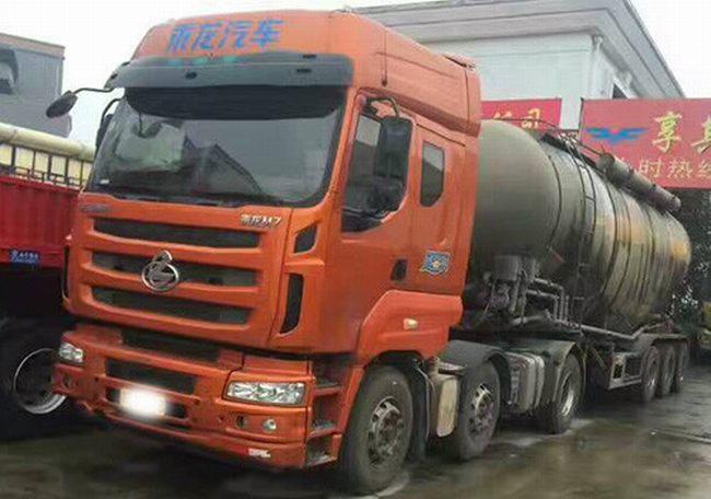 乘龙M7罐装车,400马力