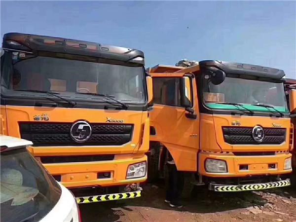 德龙X3000,430潍柴海沃前顶,8.2米货箱,底12边10,汉德后桥